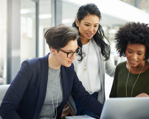 https---blogs-images.forbes.com-kimcassidy-files-2019-03-Women_in_Tech_Know_Their_Worth_Its_Time-Everyone_Else_Does_Too_1-1200x686